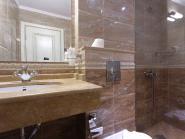 double_bathroom